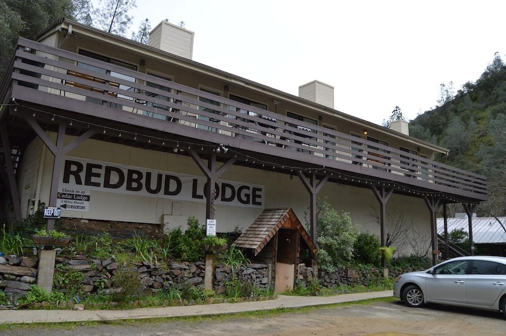 Red Bud Lodge