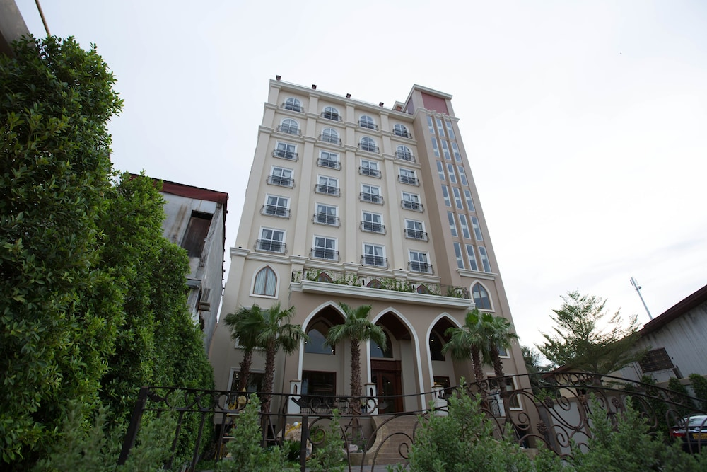 Capitol Residence