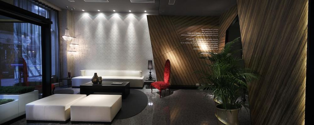 Capitol Boutique Hotel