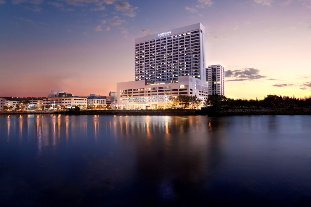 Pullman Miri Waterfront