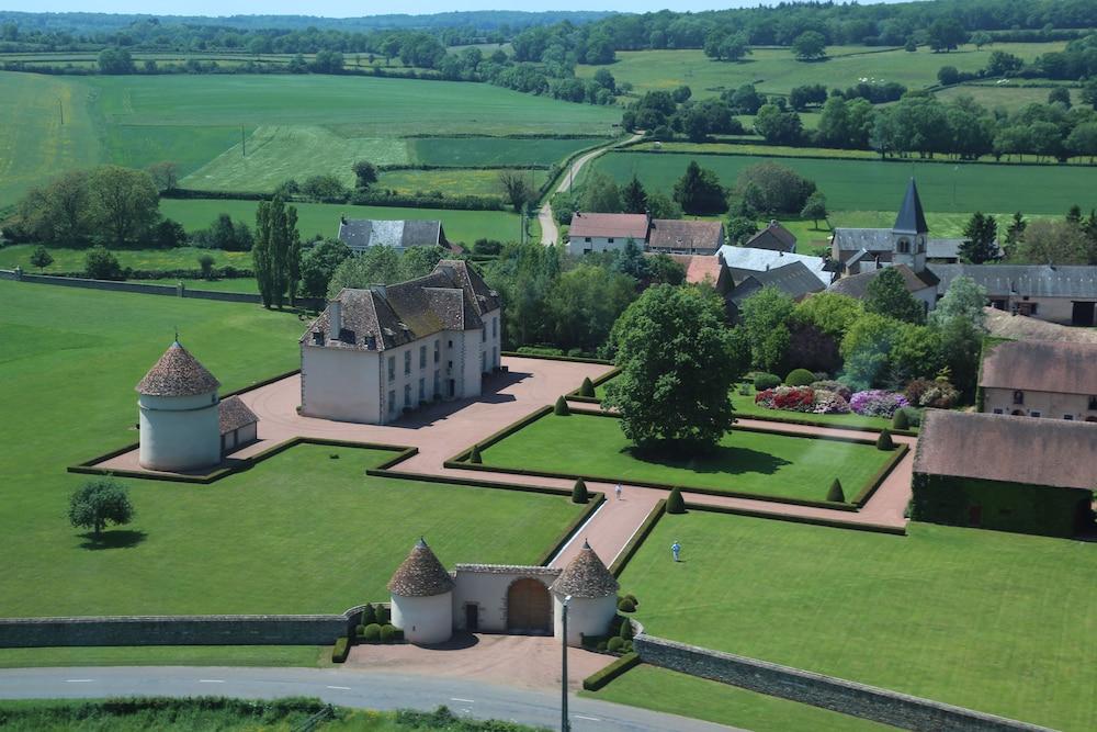 Les Résidences du Château de Vianges