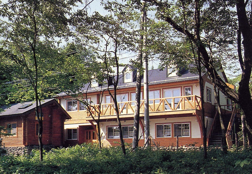 Pension and Log Cottage Hoshinoko