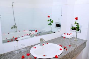 Aurora Nha Trang Hotel - Bathroom  - #0