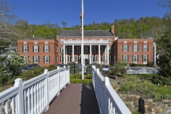 The Country Inn of Berkeley Springs in Berkeley Springs, West Virginia