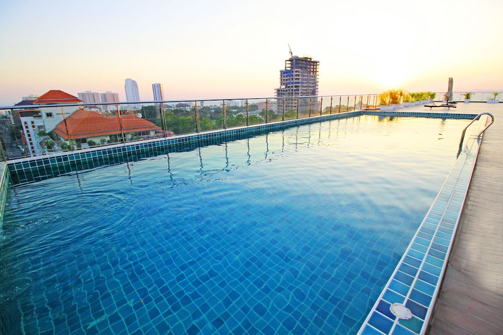 Sunset Boulevard by Pattaya Sunny Rentals