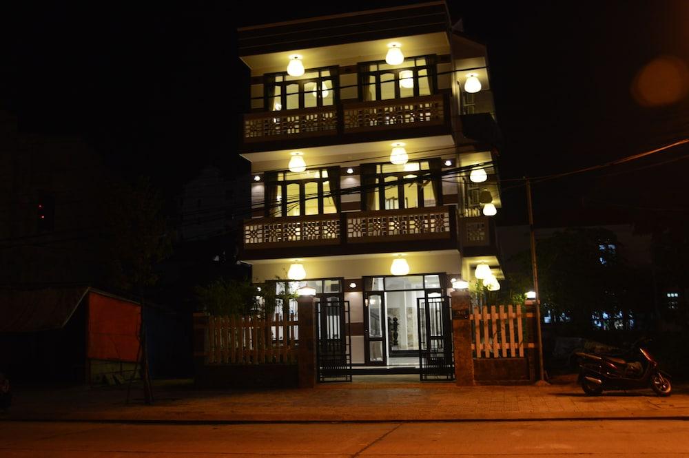 The House 36