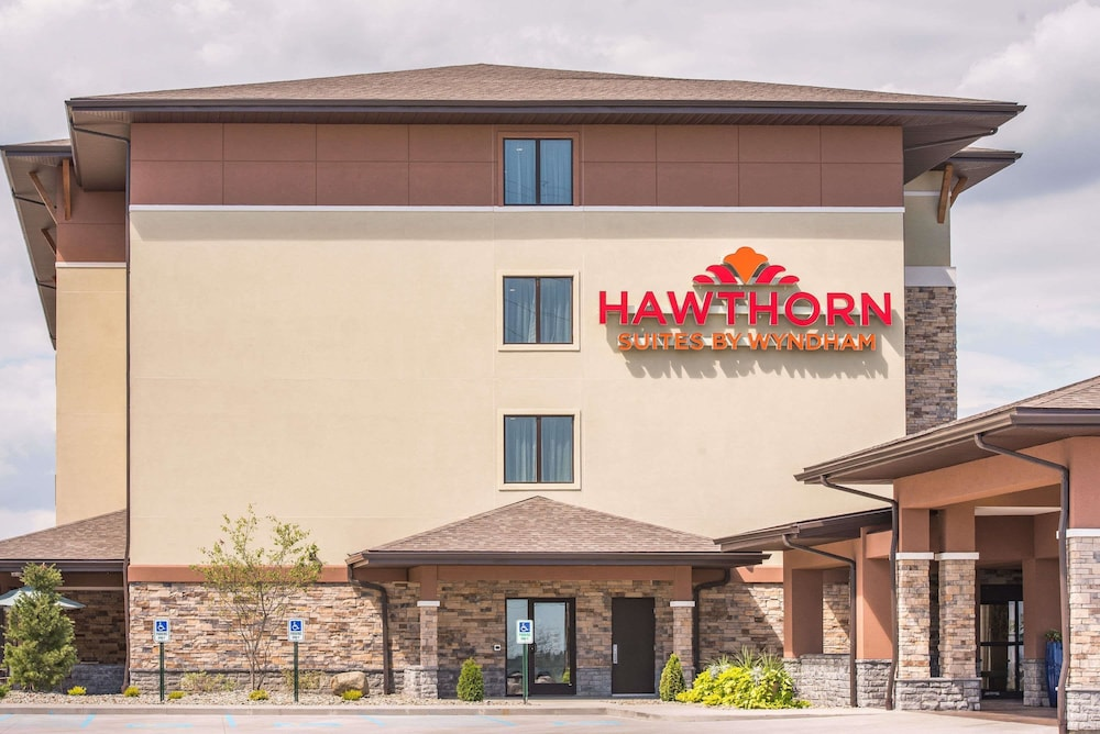 Hawthorn Suites by Wyndham St Clairsville