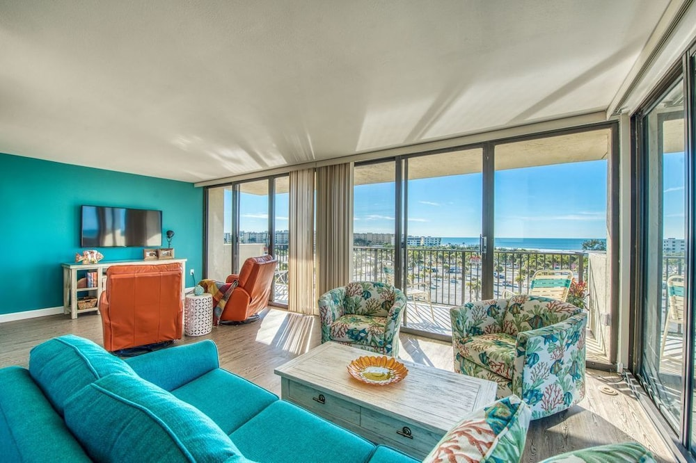 Our House at the Beach by Beachside Management