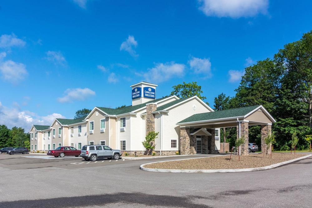 Cobblestone Hotel & Suites - Harborcreek