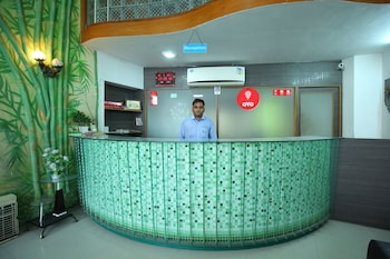 OYO 2336 Hotel Shri Krishna Palace - Reception  - #0