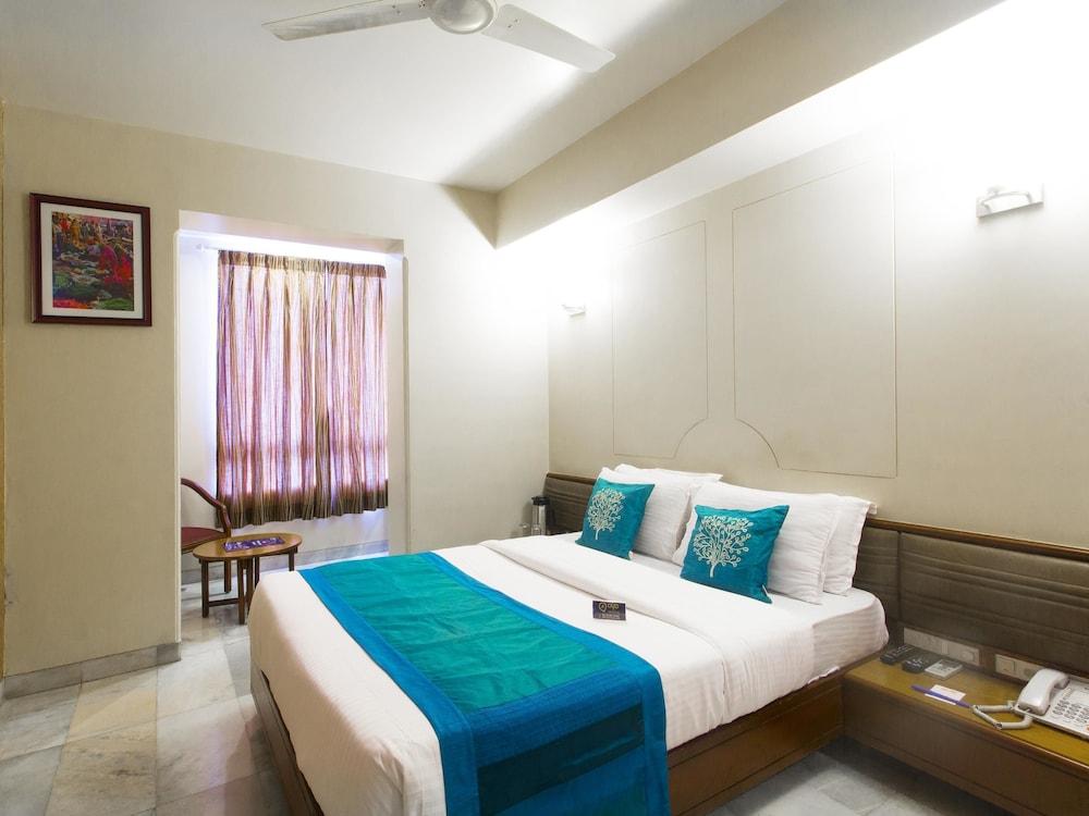OYO 1249 Hotel Ashray International