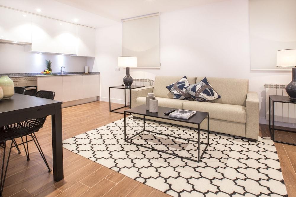 Slow Suites Augusto