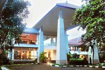 峇匹樂思熱帶飯店