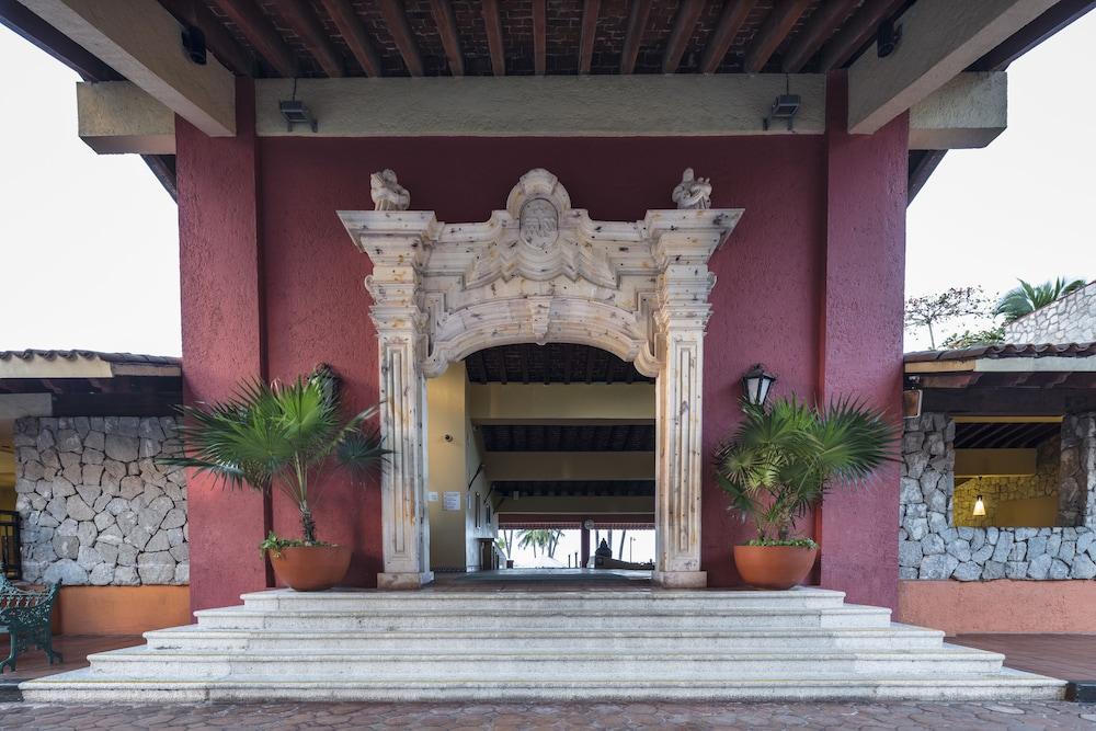 Holiday Inn Resort Ixtapa All Inclusive, Jose Azueta, Guerrero Price,  Address & Reviews