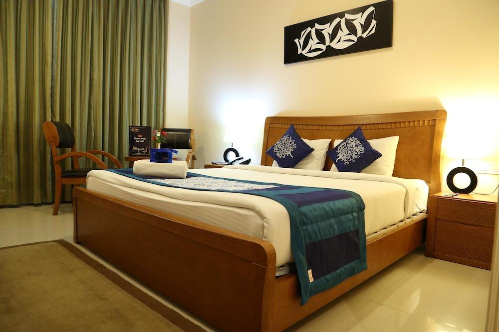 OYO 2192 Hotel Gianz