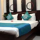 OYO 1417 Hotel Flora Inn