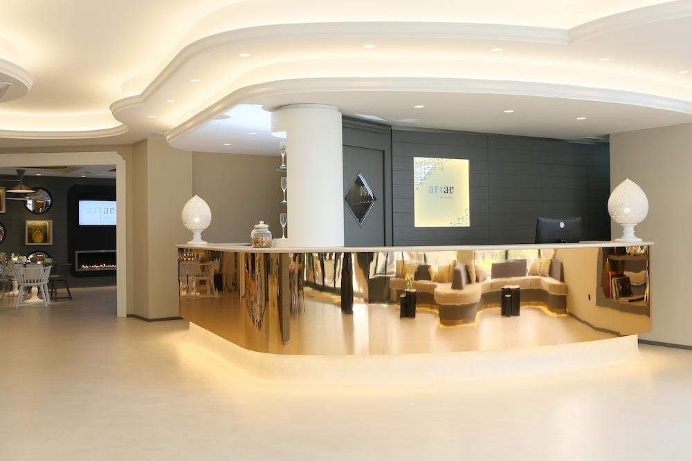 Ariae Hotel