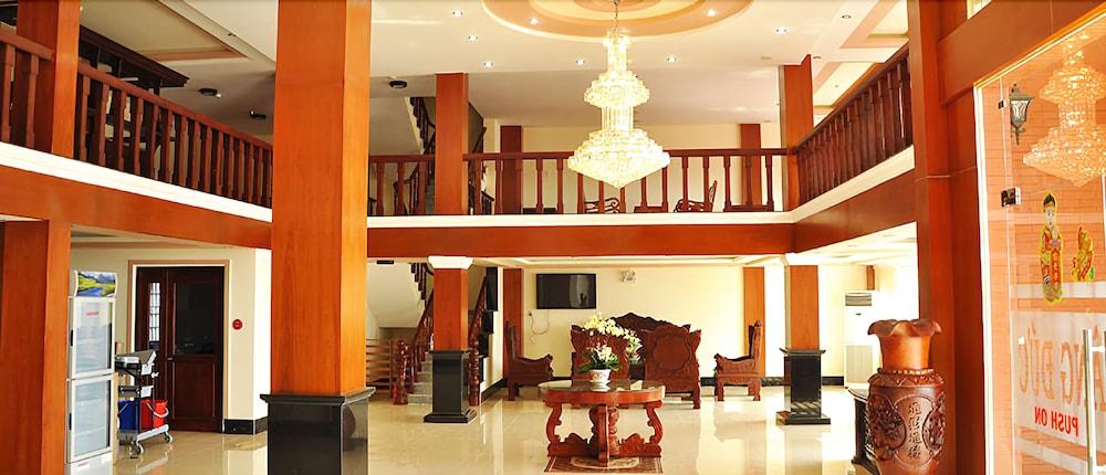 Hoang Duc Hotel