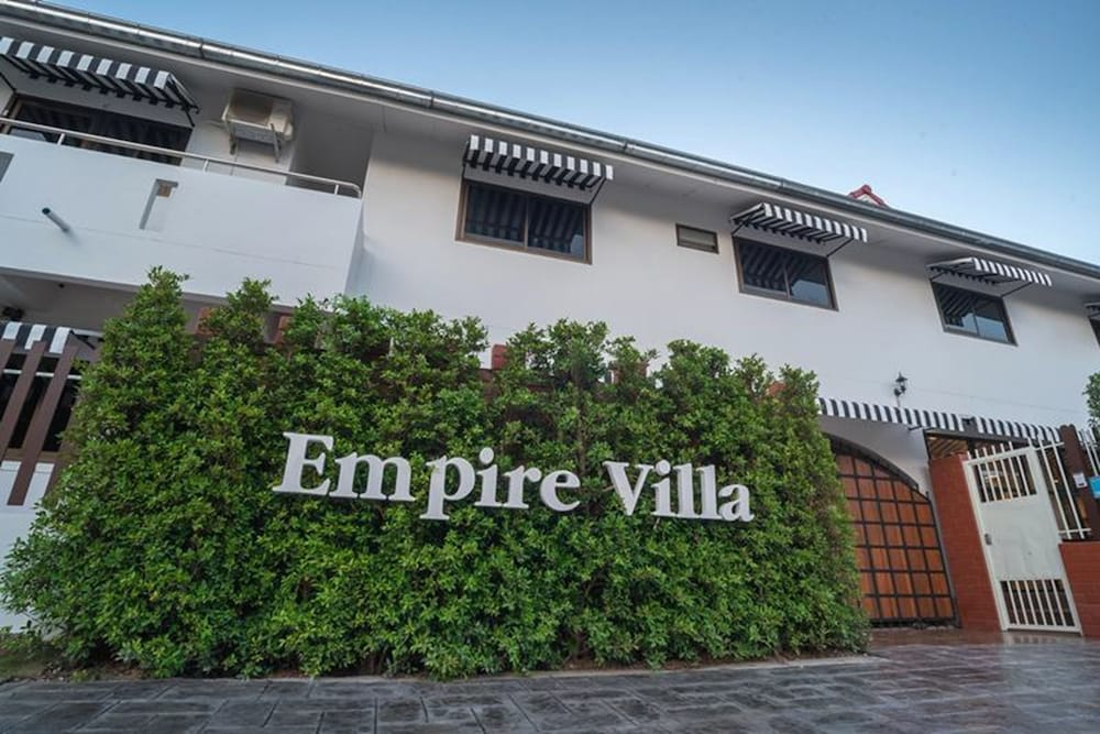 Empire Villa