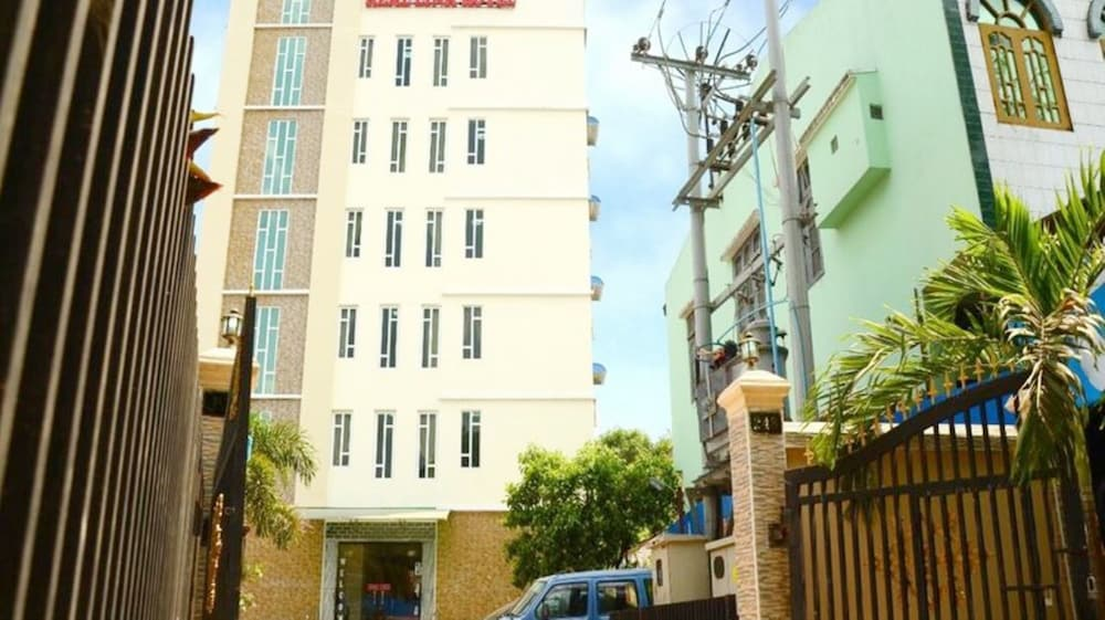 Real Link Hotel