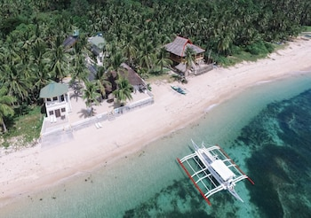 Photo for Lanas Beach Resort in Carabao Island