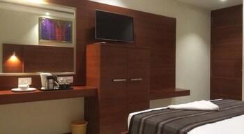 Azeez Avenue hotel - Guestroom  - #0