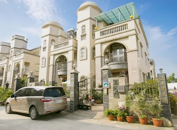 Photo for Shang Her Yuan Bed and Breakfast in Jinhu