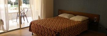 Photo for Hotel Restaurant La Garenne in Tresserre