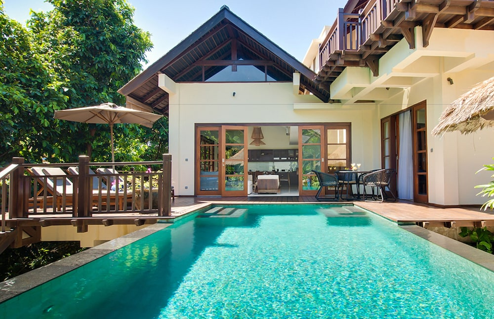 Ungasan Beach Villas