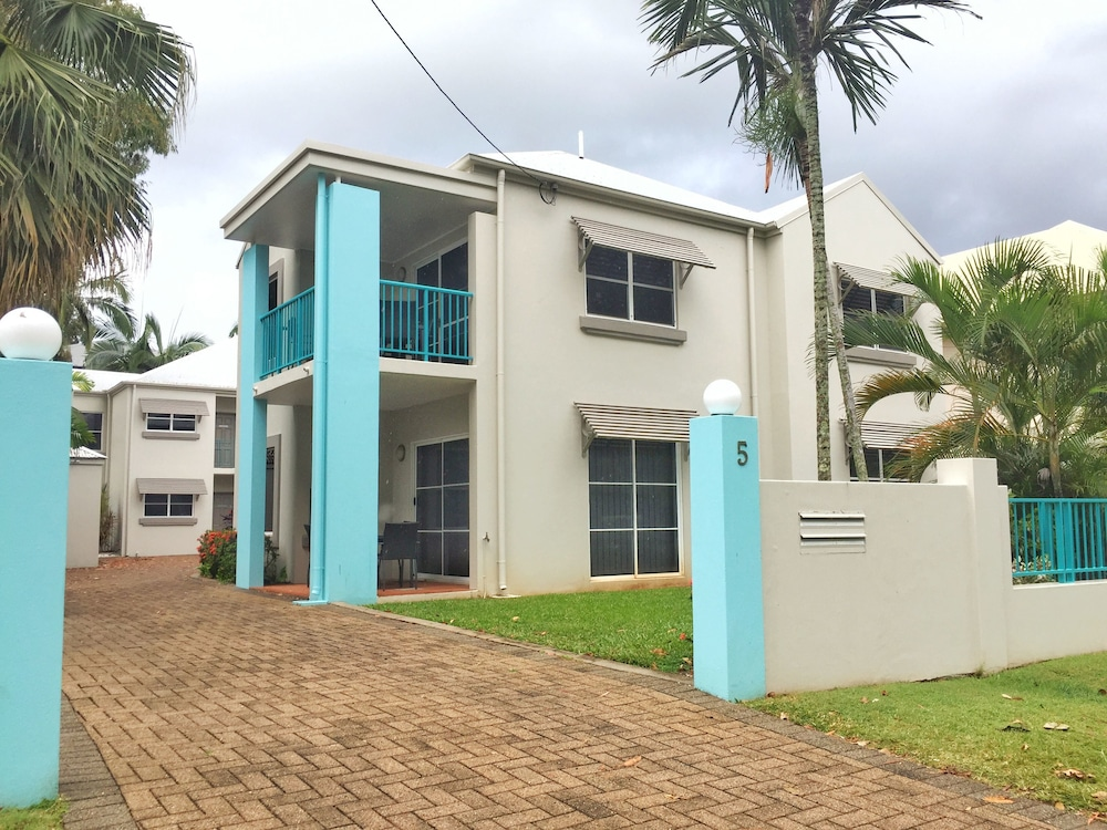The Reef Retreat Townhouses