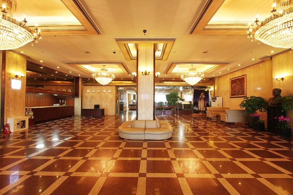 Rasung Tourist Hotel