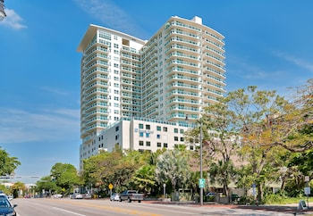 Private Residences at Sonesta Coconut Grove