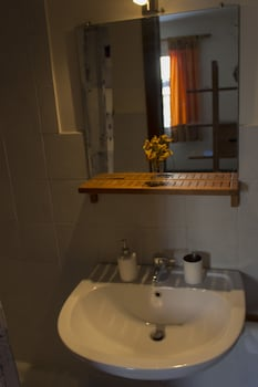 Sui Tetti di Napoli - Bathroom Sink  - #0