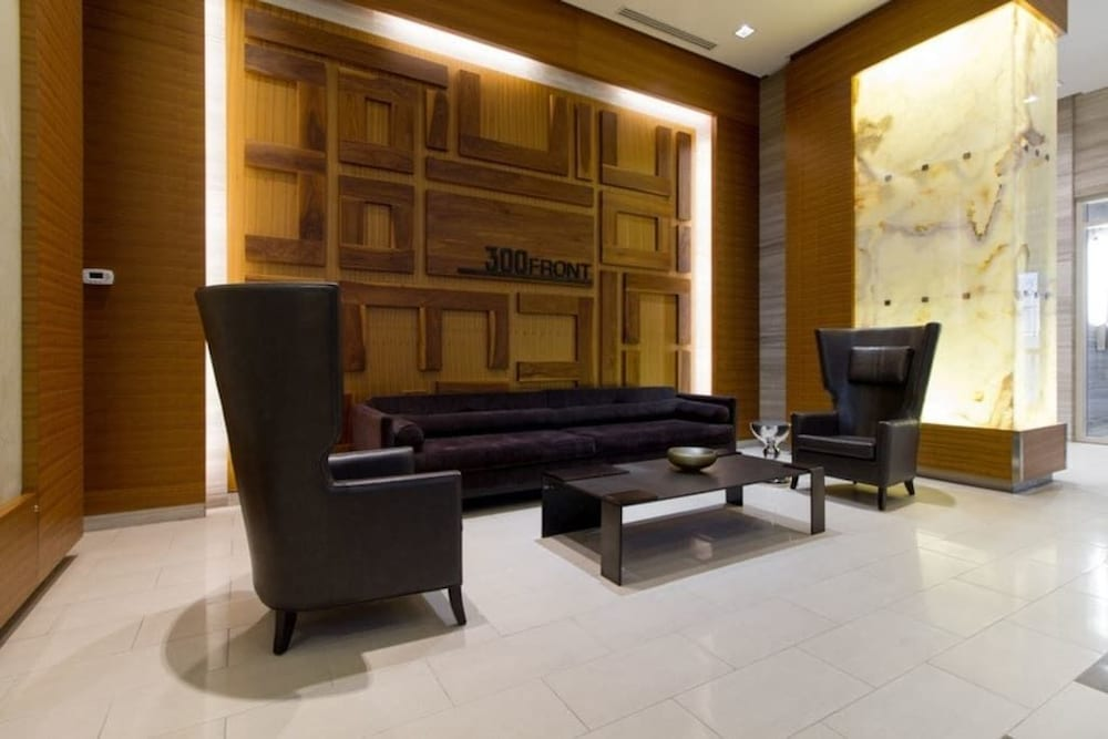 N2N Suites - Heart of the City - Downtown Suite offered by Short Term
