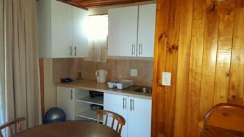 Lakeside Knysna Accomodation - In-Room Kitchenette  - #0