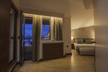 Cuci Hotel di Mare Bayramoglu - Balcony  - #0