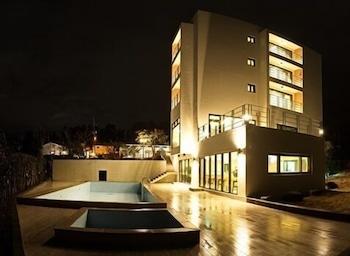 Suave Hotel