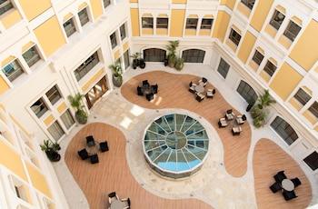 コーラル マスカット ホテル & アパートメント