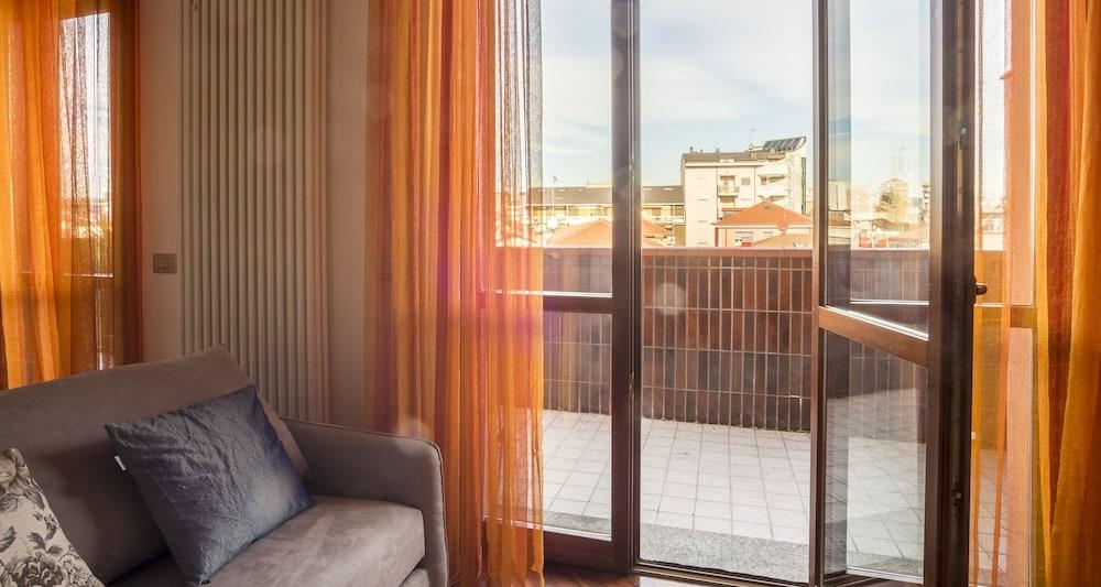 Hintown Apartments Viale Monza