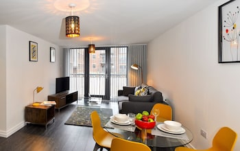 Photo for UR STAY Apartments Birmingham - Jewellery Quarter in Birmingham
