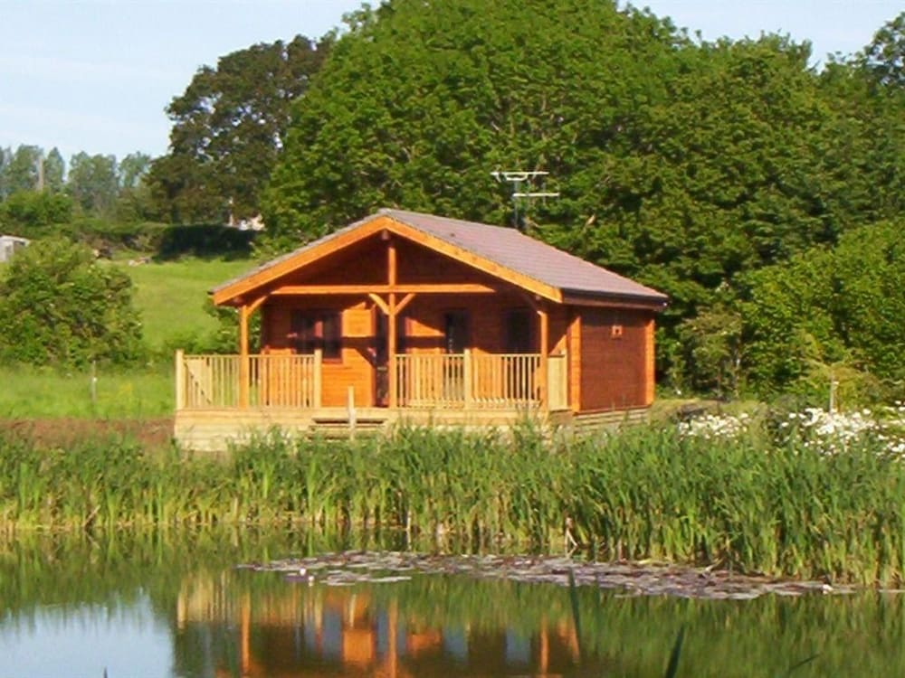Watermeadow Lakes and Lodges