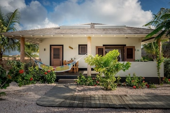 Windhoek Resort Bonaire
