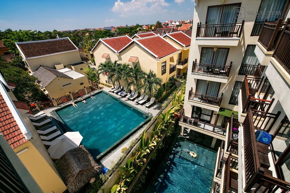 Silk Luxury Hotel & Spa by Embrace
