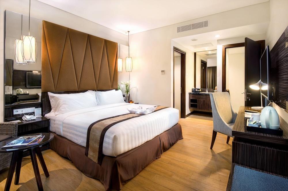 The Atrium Hotel And Resort Yogyakarta Yogyakarta Inr 404 Off