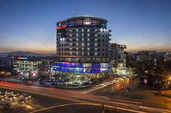 Eliana Hotel