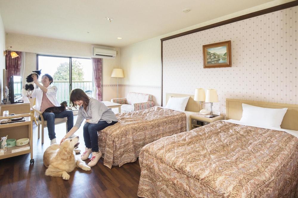Izumigo Izukogen Dog Paradise Hotel