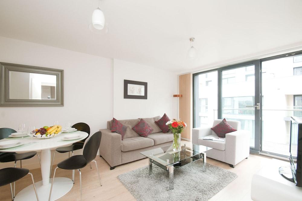 Cleyro Serviced Apartments-Finzels Reach