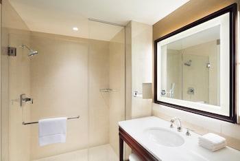 Sheraton Georgetown Texas Hotel & Conference Center - Bathroom  - #0