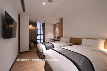 Photo for 1969 Blue Sky Hotel in Taichung