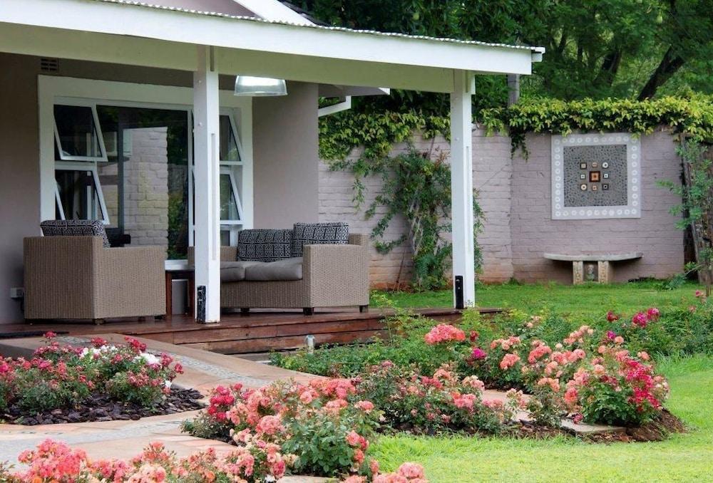 Woodlands Guest Lodge